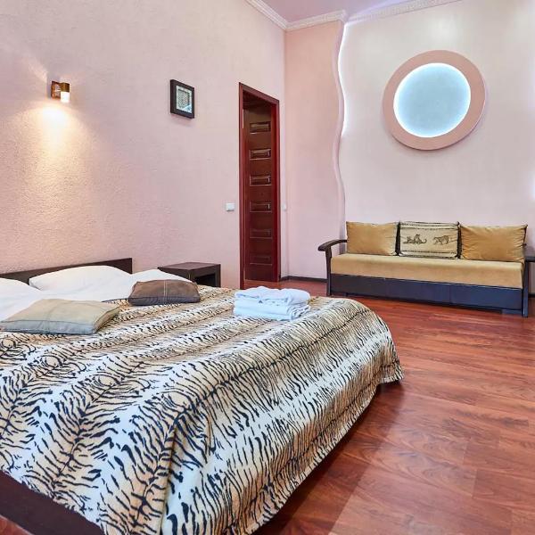 Home Hotel Apartments on Zoloti Vorota