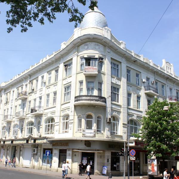 Darkmen Hotel Odessa