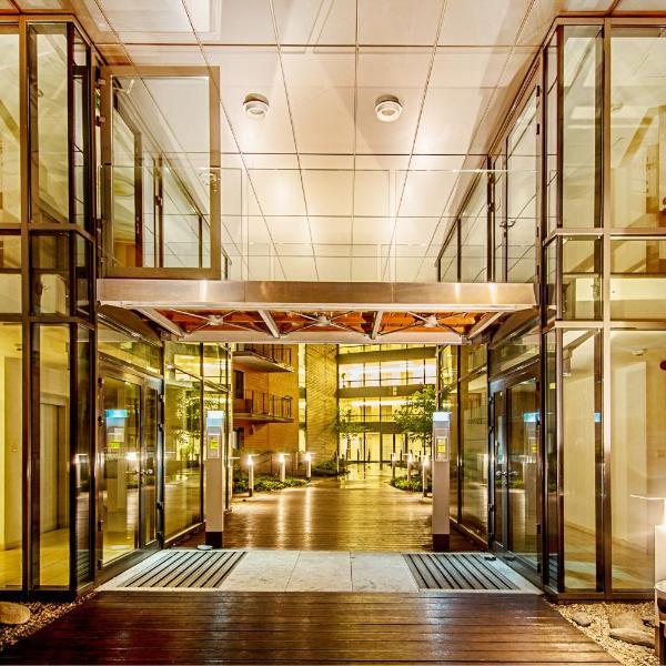 Angel City Center Krakow Aparthotel