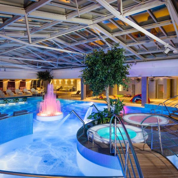 V Spa & Conference Hotel